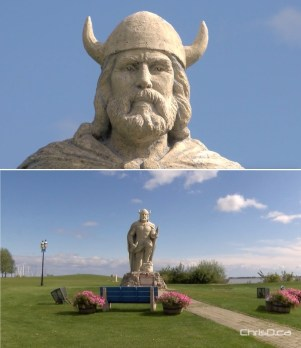 Gimli Viking Statue
