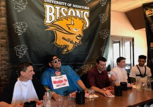 U of M Bisons Wing Off
