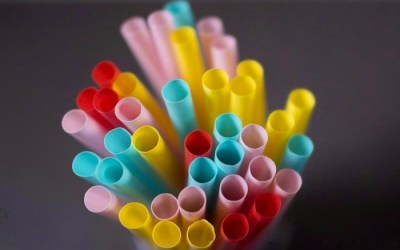 Straws, Stir Sticks and Bags Among First Targets of Countrywide Plastics Ban