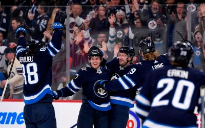 Nikolaj Ehlers' Three-Point Night Leads Jets Over Coyotes into Wild-Card Spot