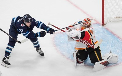 Calgary Flames Take 2-1 Series Lead with 6-2 Win Over Winnipeg Jets