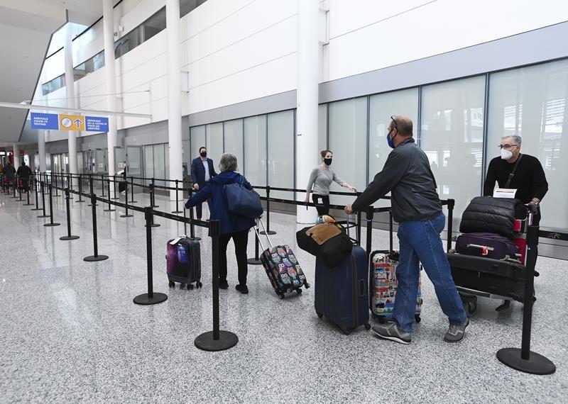 Toronto Airport - Coronavirus