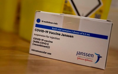 J&J Vaccine Can Be Used for People Over 30 But mRNA Vaccines Still Preferred: NACI