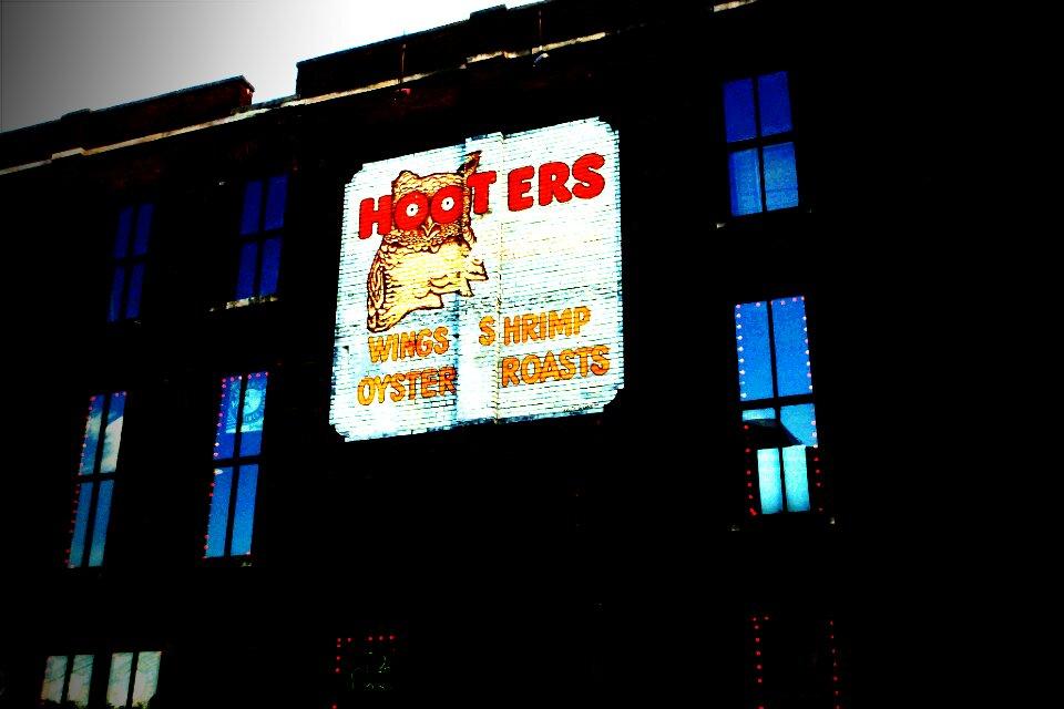 Hooters Church Street Nashville