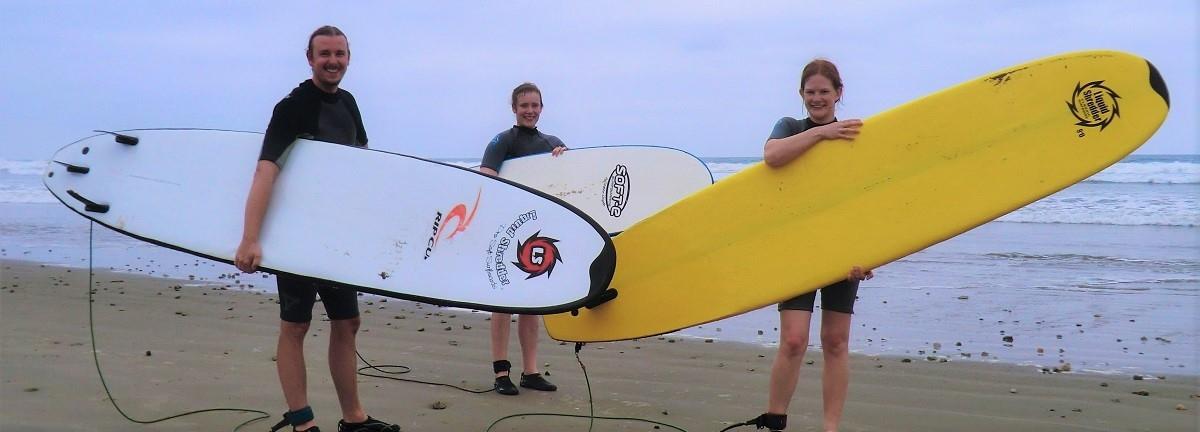 Montañita: Surfing and Cocktails