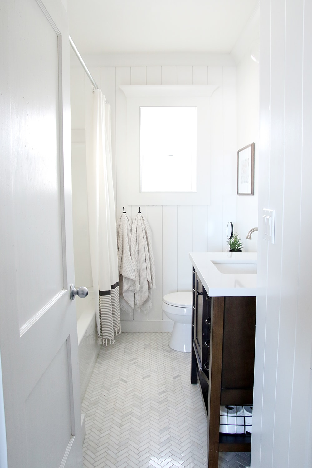 Small Bathroom Renovation How-To Videos - Chris Loves Julia on Small Bathroom Renovations  id=41601