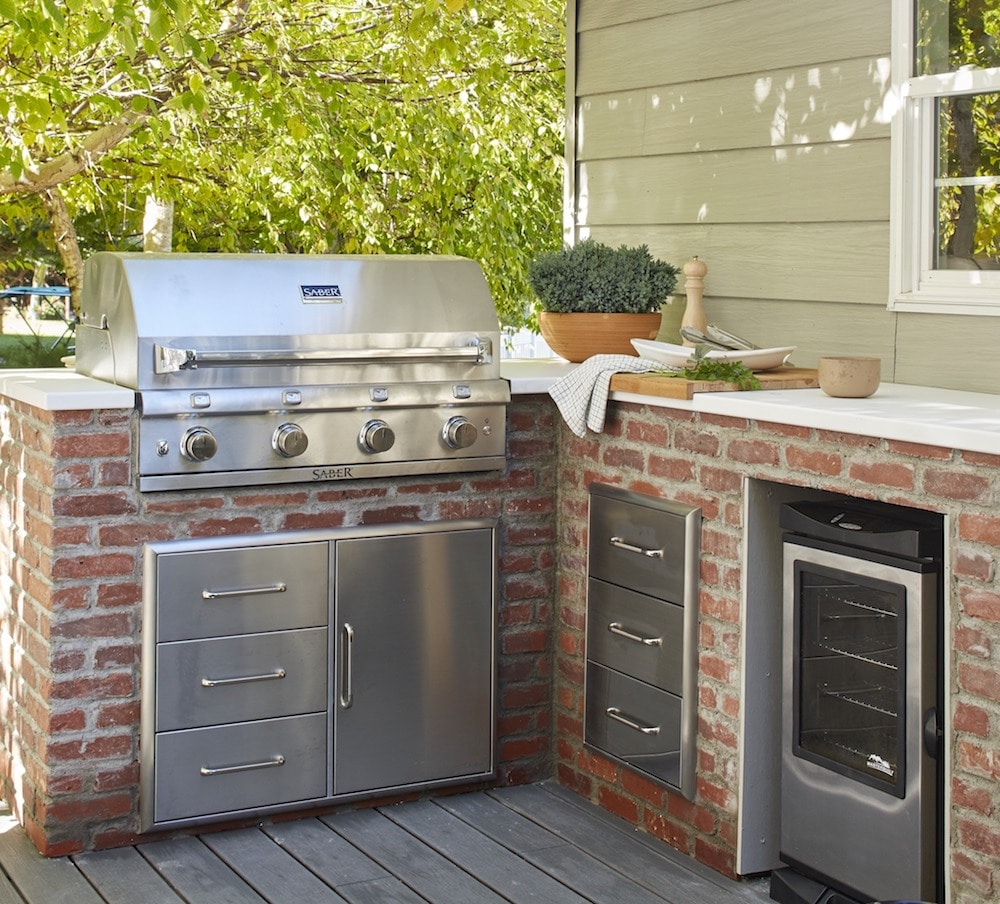 How We DIYed Our Built-In Grill - Chris Loves Julia on Built In Grill Backyard id=67603