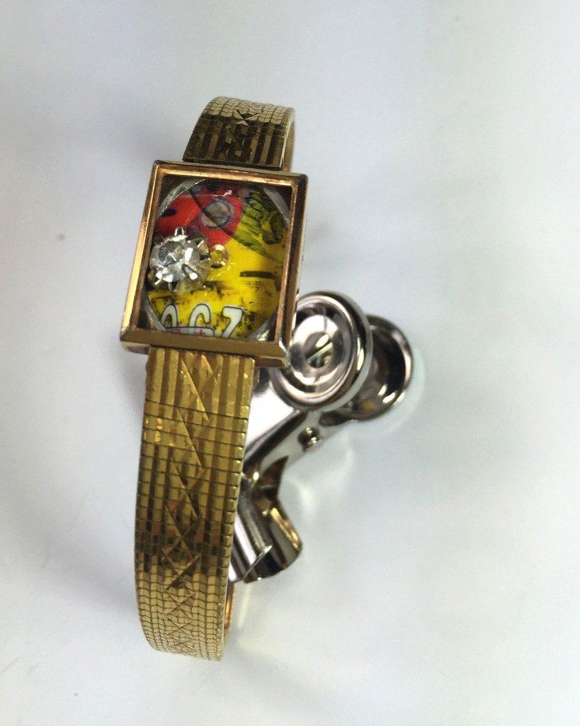 Montre-devenue-bracelet-tableau