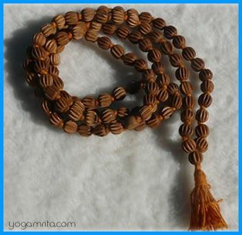 chapelet indien yogamrita_mala_108_perles