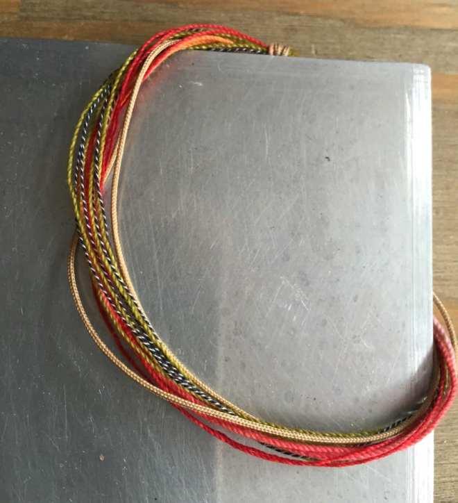 bracelet-de-fils-lumineux-multi-fils