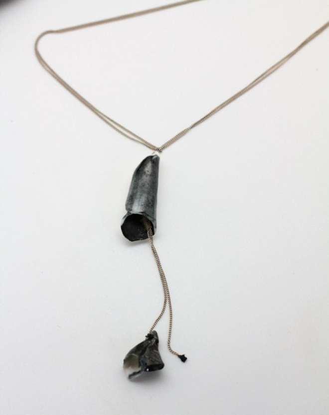 collier-sautoir-ajustable-minimaliste--bij-porcelaine.2