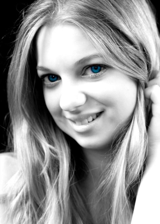 Sarah blue eyes