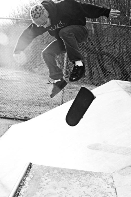 skating bw