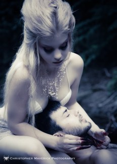 Decided to go with an ethereal mythic theme for my most recent shoot. Models: Melanie & Jordan