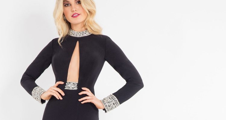 The Daily Fave: The Deep V Plunge Gown by Rachel Allan