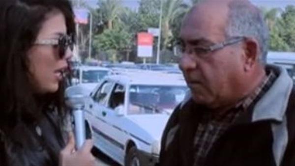 فيديو.. مسن يبكى من ارتفاع الأسعار الذي تسبب في انفصاله عن زوجته التي عاشت معه 30 عاما