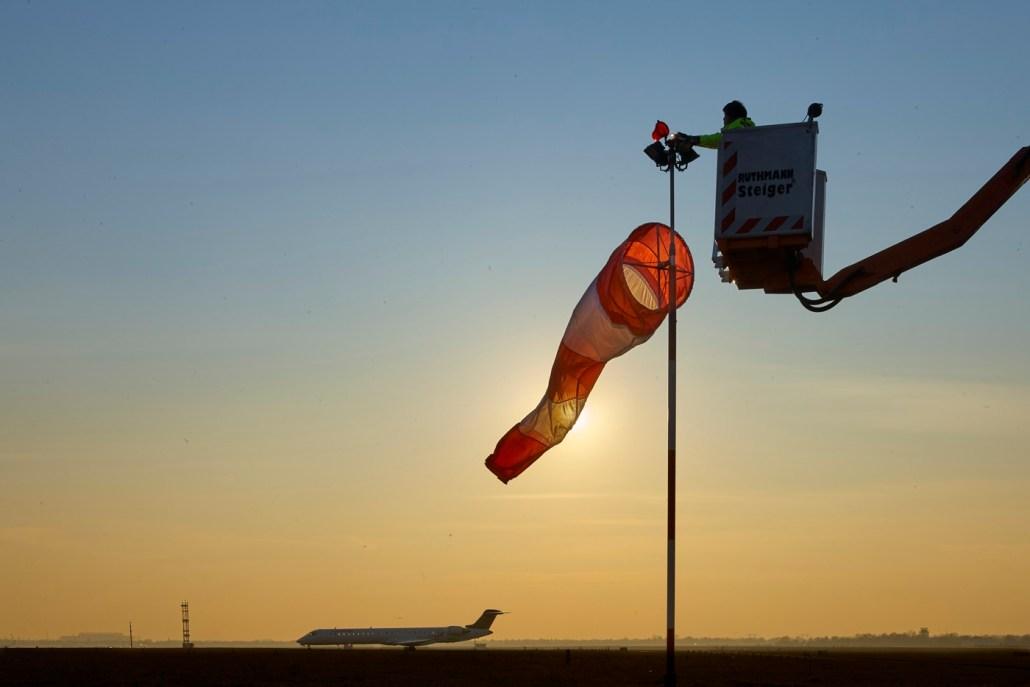 Industriefotograf Christian Ahrens, Köln, fotografiert Luftfahrtindustrie, Aerospace, Aviation, Luftfahrttechnik - für Broschüren, Marketing, Socal Media oder Personalmarketing-Kampagnen