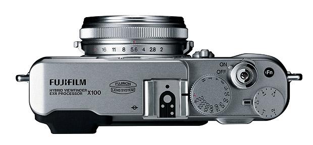 Fujifilm FinePix X100. Mehr braucht man nicht. Foto: Fujifilm