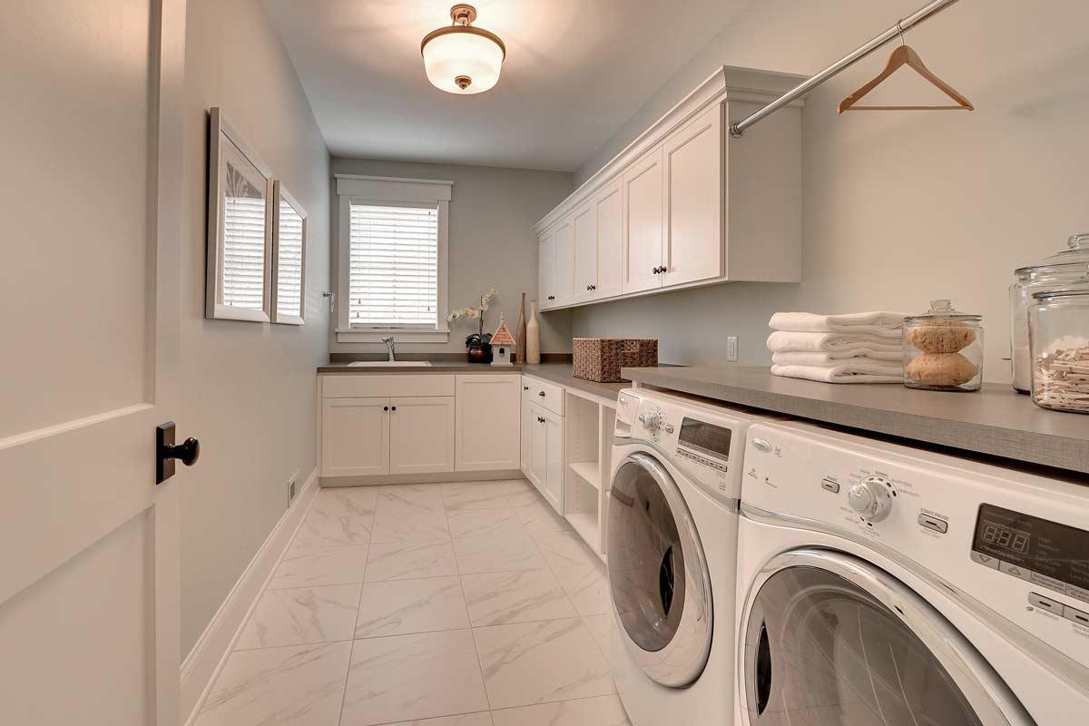 Custom Laundry Room Cabinets MN | Custom Mudroom Built Ins on Laundry Room Cabinet Ideas  id=95621