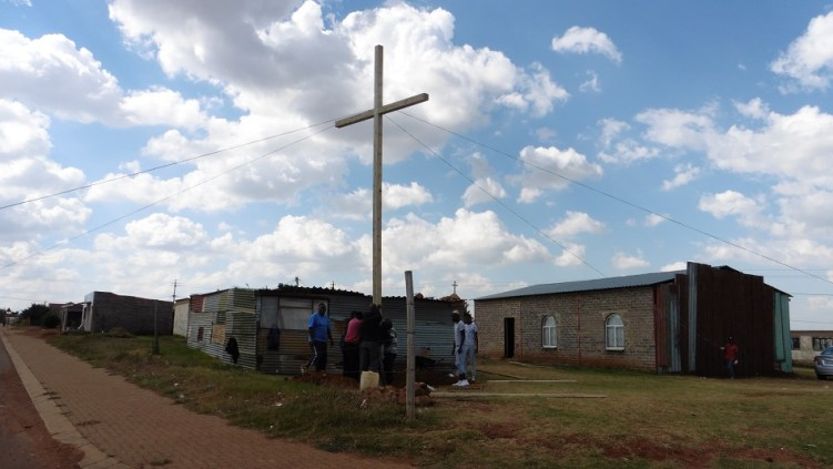 Cross. 0076 Lakeside, South Africa WEB 13