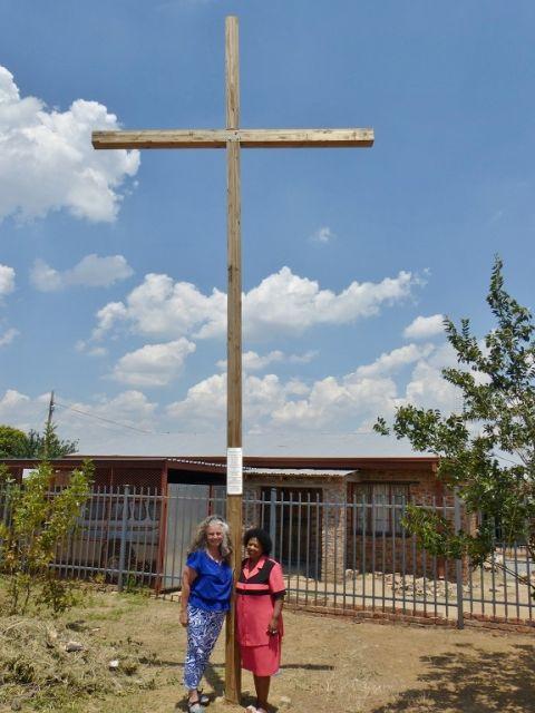08 Cross 0046 Kroonstad SA WEB