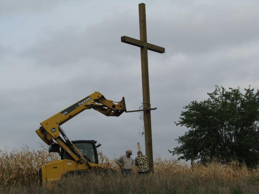 Cross 0001 WEB 08