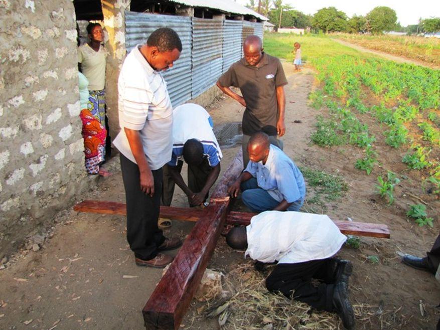 Cross 0035 Kenya, Shanzu web 2