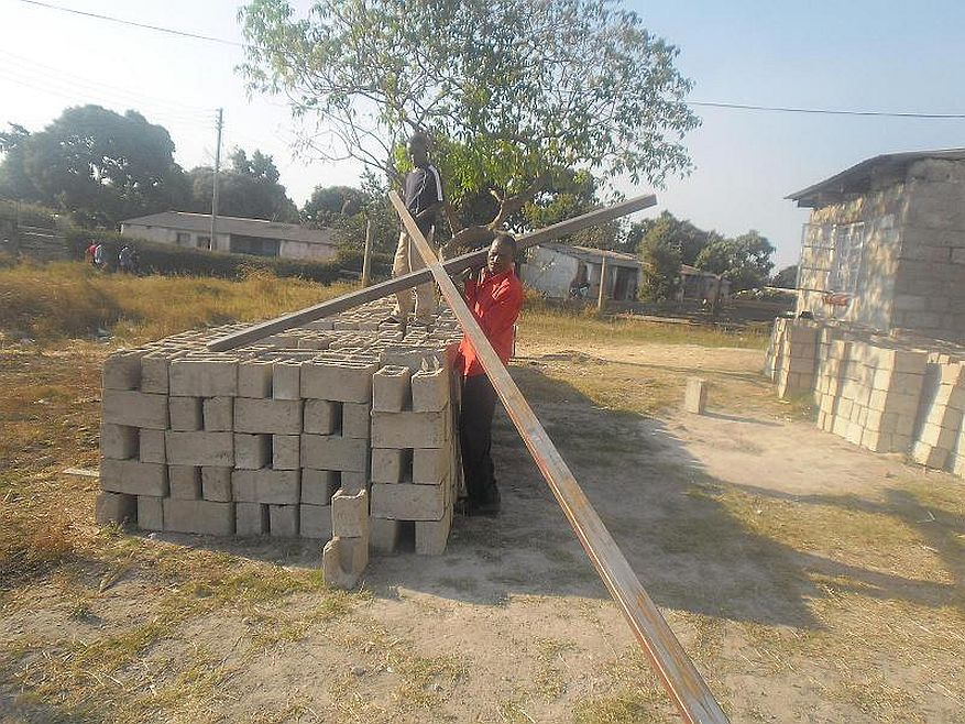 Cross 0039 Chilupuka, Zambia WEB 1