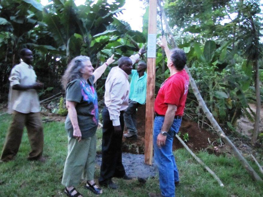 Cross 0042 Tanzania Web 20
