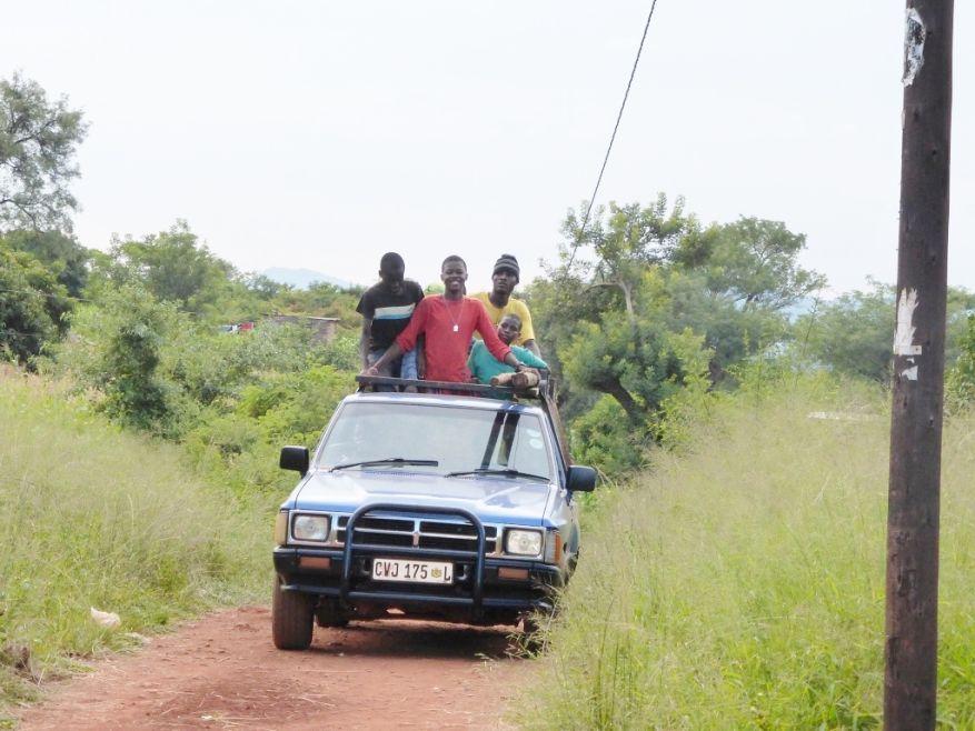 Cross 0057 Ngudza Venda SA WEB 07
