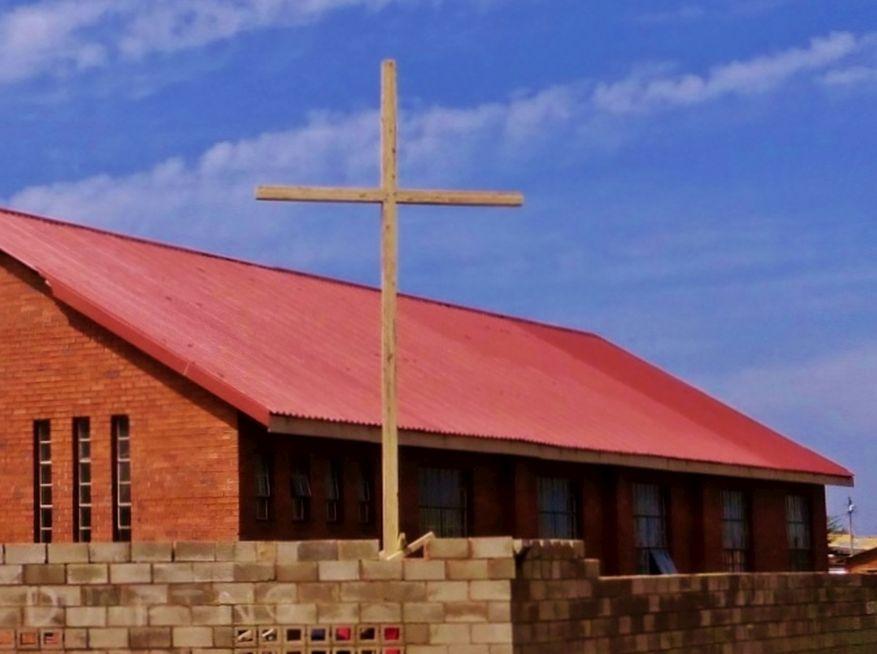 Cross 0063 Soweto - Zola SA Web 01