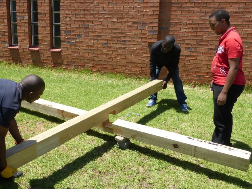Cross 0063 Soweto - Zola SA Web 09