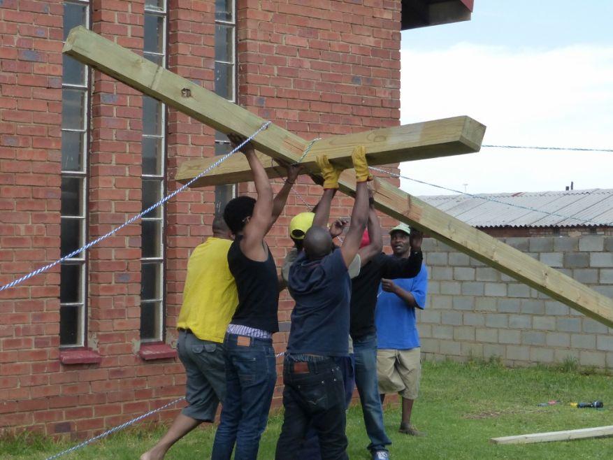 Cross 0063 Soweto - Zola SA Web 16