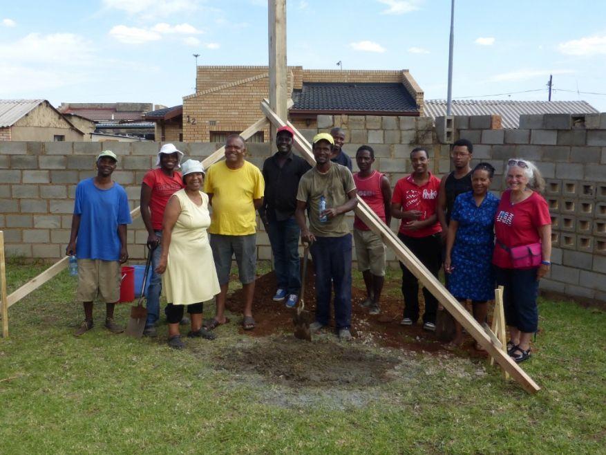 Cross 0063 Soweto - Zola SA Web 23