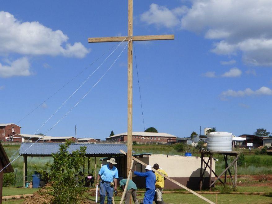WEB 21 Cross 0062 Lindelani SA WEB