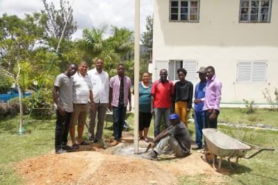 kb Cross planting team