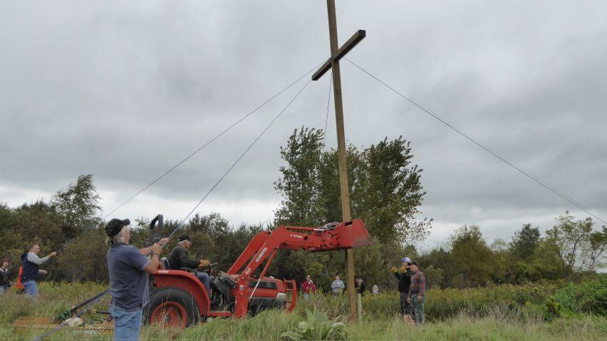 Cross 0119 Hugo MN WEB 09