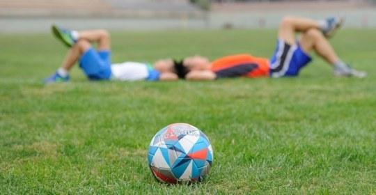 3 minutes pour comprendre : pourquoi il est important que les enfants fassent du sport ?