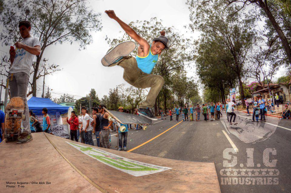 Manny_Argueta