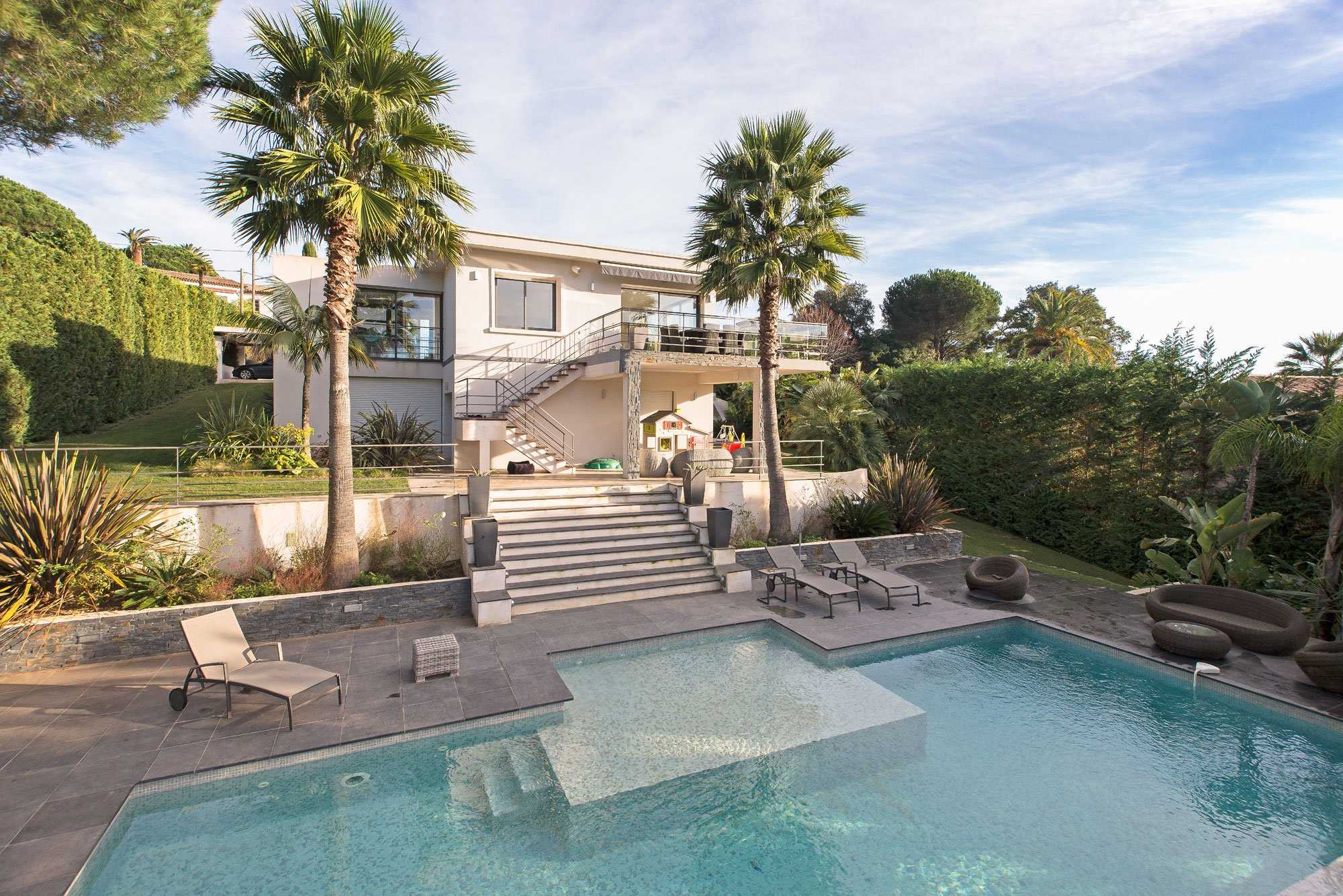 4 Bedrooms, 3,229 sq. ft.Modern villa with terrace and panoramic sea views