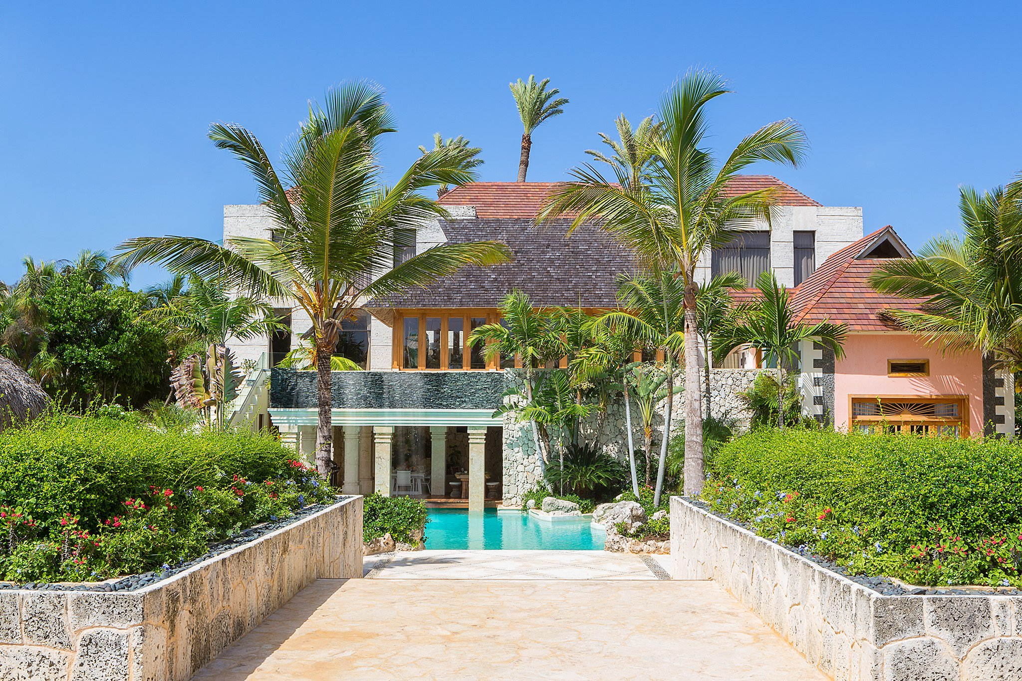 5 Bedrooms, 14,897 sq. ft.Jack Nicklaus Signature Golf Front Villa and Ocean Views