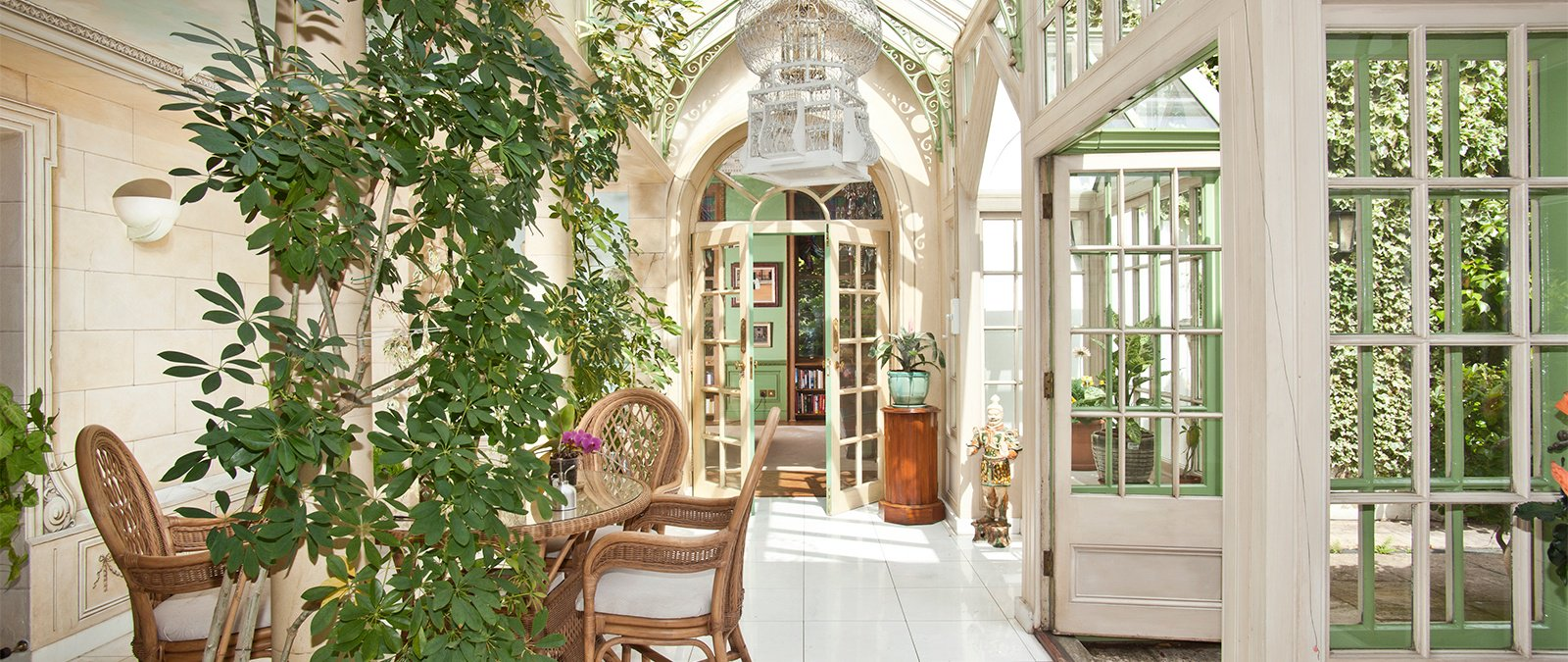 6 Charming Country Homes Combine Luxury With The Simple Life