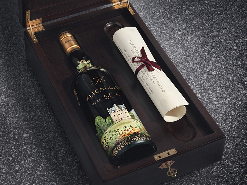 Boxed whisky bottle with certificate