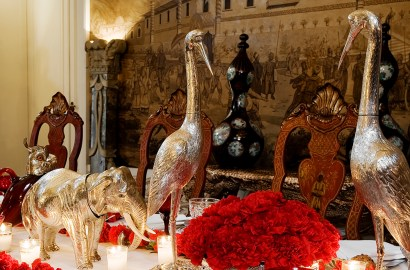 6 Tips on Styling Your Festive Table Using Antiques