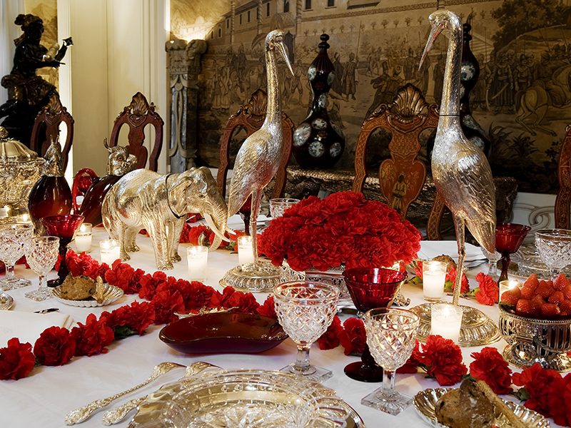 Festive table setting by Pinto Interior Design
