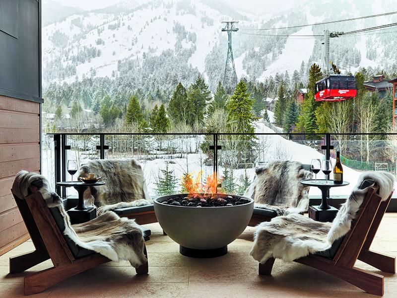 Fire-pit-hotel-balcony-snow