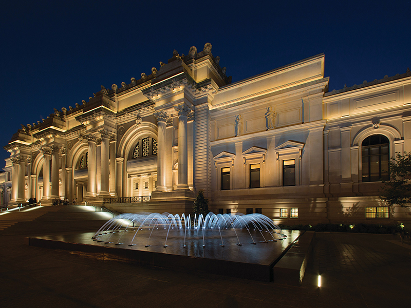 The Metropolitan Museum of Art at night