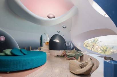 Reach for the Stars: 4 Homes Inspired by Space Age Style