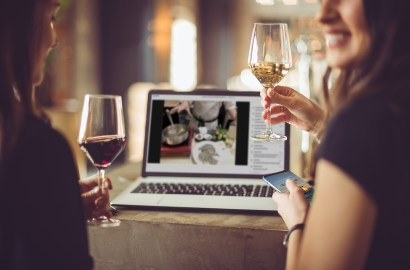 In Vino Virtually: 5 Online Wine Tastings with Top Sommeliers