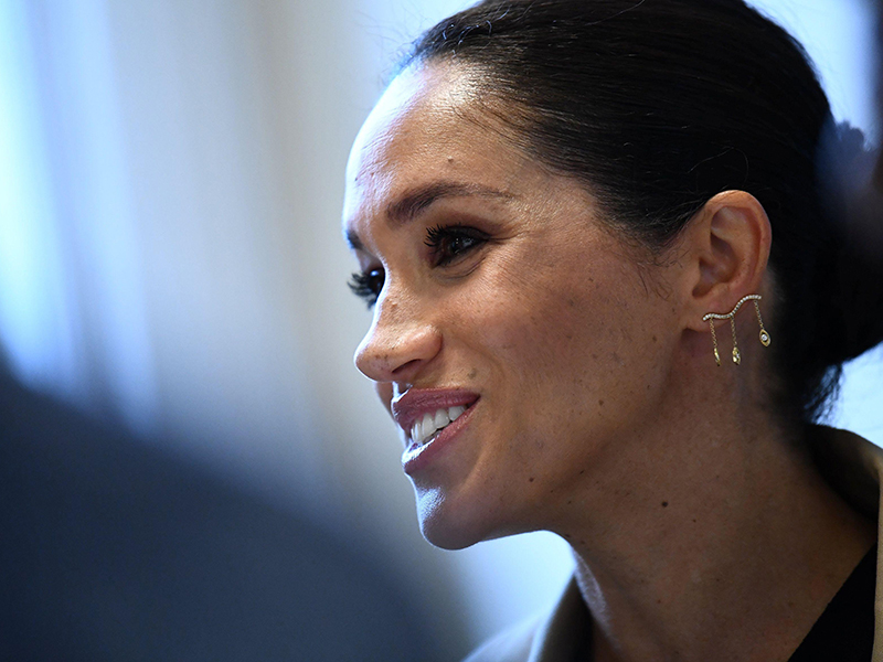 The Duchess of Sussex wearing mad-made diamonds from Kimaï